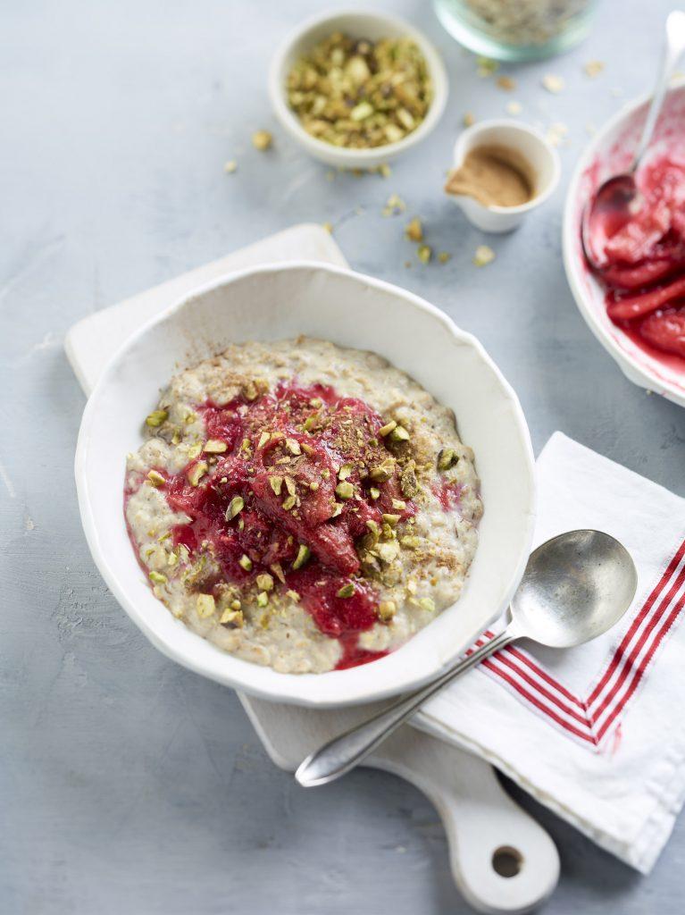 Rhubarb and Pistachio Porridge